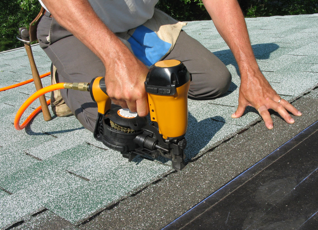 Applying Shingles - Commercial Roofing